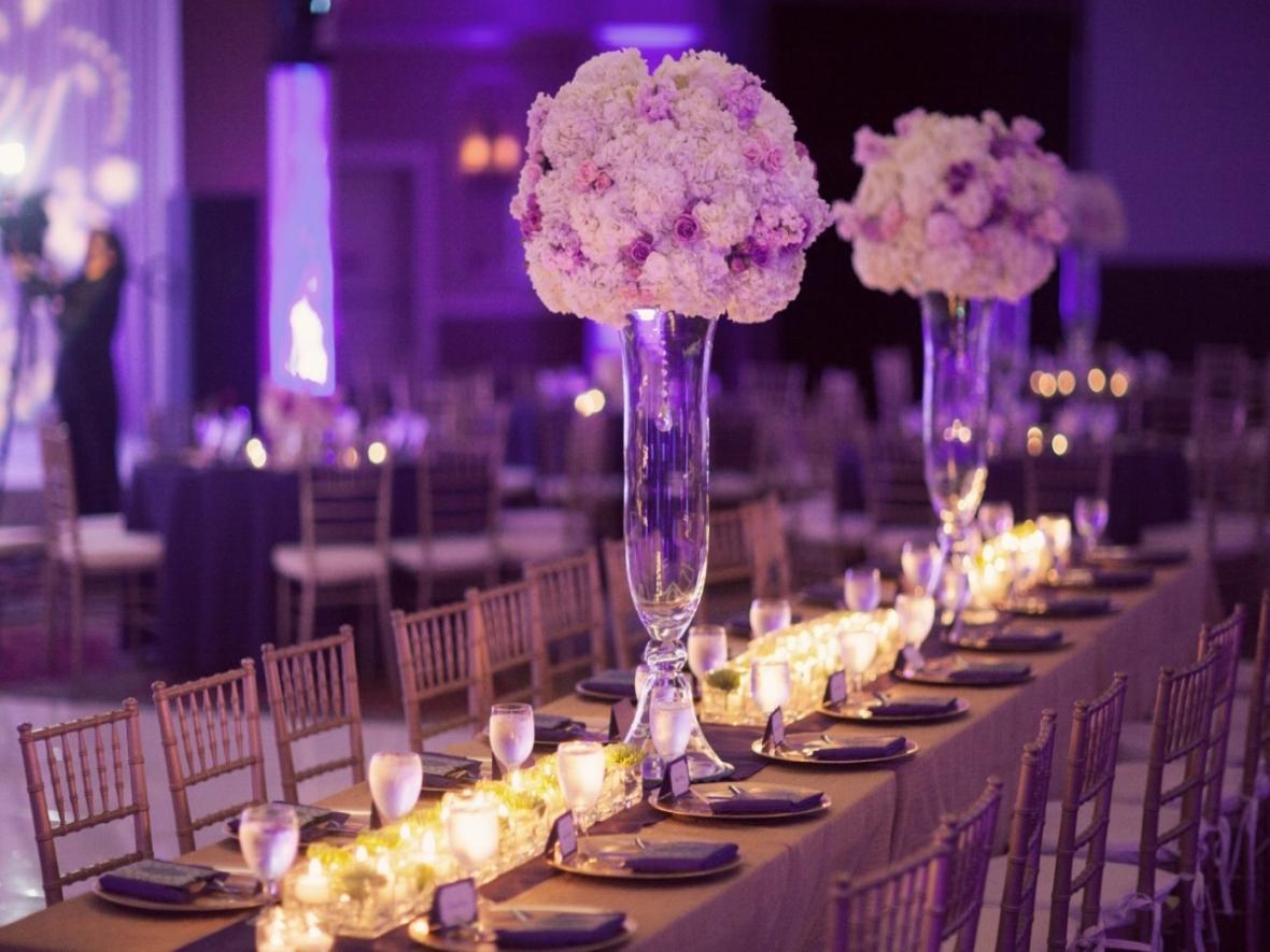 purple-wedding-table-decoration-ideas-pink-wedding-table-decorations-7e21dc73b48528ba